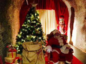 Immagini Antiche Del Natale.Salerno Inaugurazione Villaggio Di Babbo Natale Video E Foto
